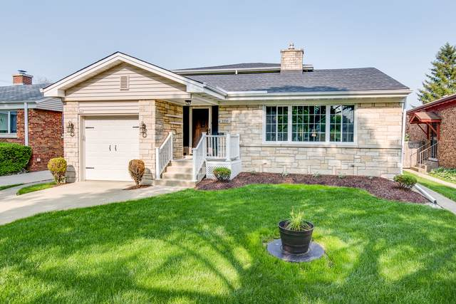 2233 S 8th Avenue, North Riverside, IL 60546 (MLS #10548059) :: Angela Walker Homes Real Estate Group