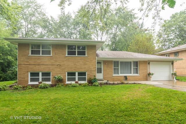 23516 N East Road, Lake Zurich, IL 60047 (MLS #10548294) :: Helen Oliveri Real Estate