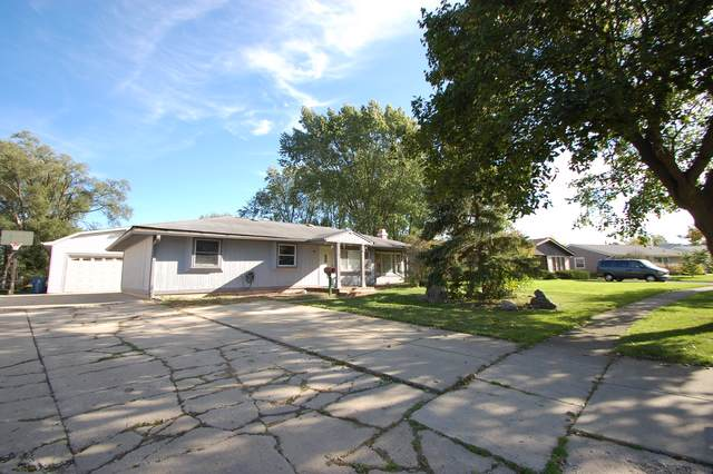 303 Wakefield Lane, Schaumburg, IL 60193 (MLS #10548393) :: LIV Real Estate Partners