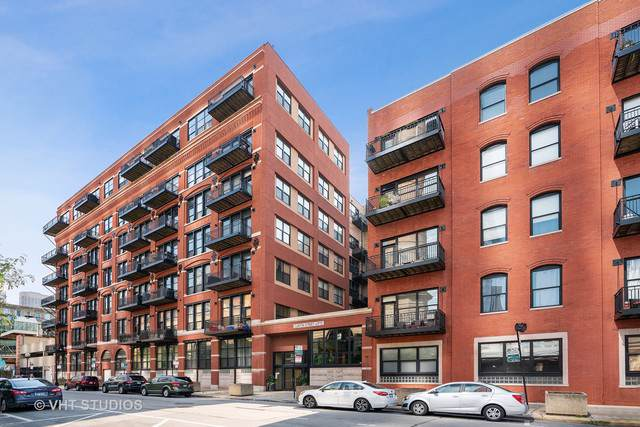 226 N Clinton Street 314B, Chicago, IL 60661 (MLS #10548533) :: LIV Real Estate Partners