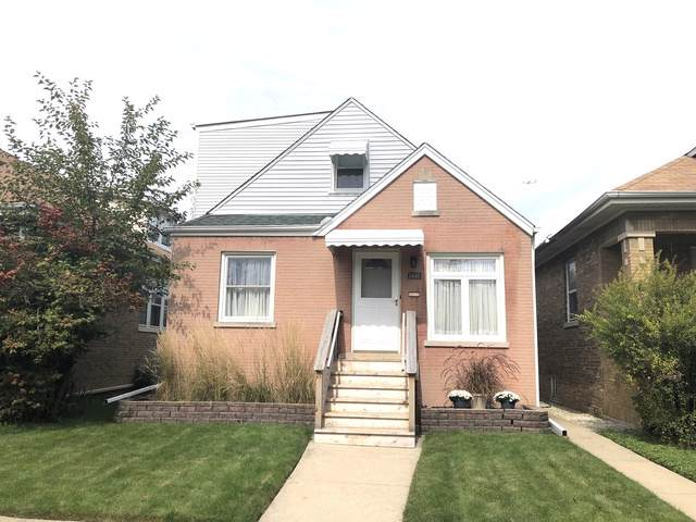 5440 W Waveland Avenue, Chicago, IL 60641 (MLS #10548588) :: Baz Realty Network | Keller Williams Elite