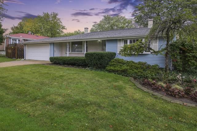 595 Chatham Circle, Buffalo Grove, IL 60089 (MLS #10548899) :: John Lyons Real Estate