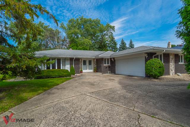 8544 Pine Street, Orland Park, IL 60462 (MLS #10549212) :: Baz Realty Network | Keller Williams Elite
