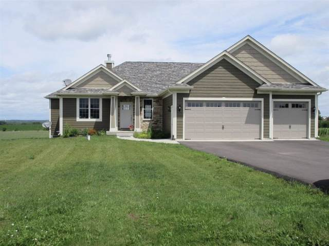 2703 Sterling Drive, Mchenry, IL 60050 (MLS #10549585) :: Lewke Partners