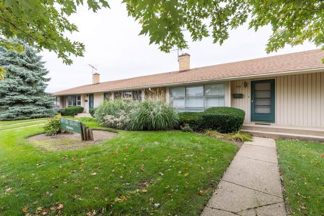 918 N Milwaukee Avenue D, Libertyville, IL 60048 (MLS #10549655) :: Property Consultants Realty