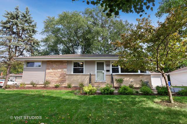 425 Aurora Way, Wheaton, IL 60187 (MLS #10549735) :: The Wexler Group at Keller Williams Preferred Realty