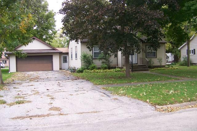 333 S Oak Street, Forrest, IL 61741 (MLS #10549737) :: Janet Jurich