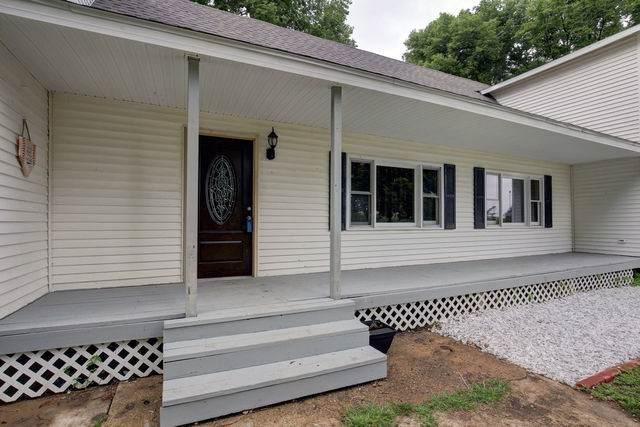 18521 Shiloh Road, WELDON, IL 61882 (MLS #10549752) :: Touchstone Group