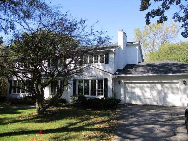 2401 Brookwood Drive, Flossmoor, IL 60422 (MLS #10549883) :: The Wexler Group at Keller Williams Preferred Realty