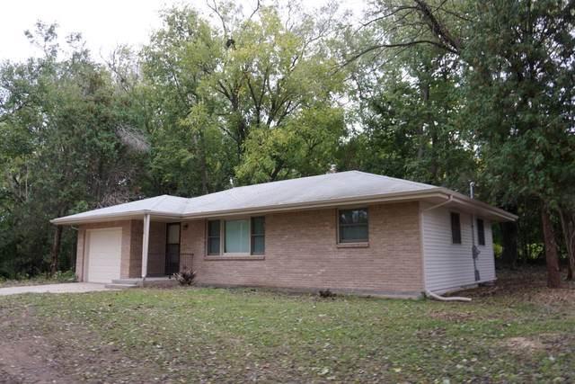2026 Sandy Hollow Road, Rockford, IL 61109 (MLS #10550062) :: Lewke Partners