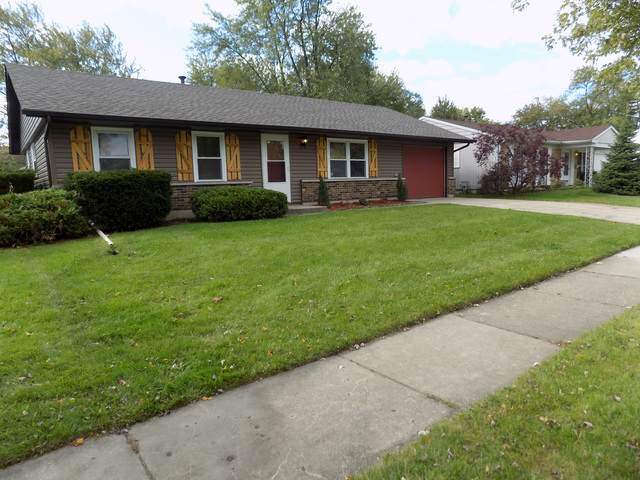821 E Streamwood Boulevard, Streamwood, IL 60107 (MLS #10550096) :: Ani Real Estate