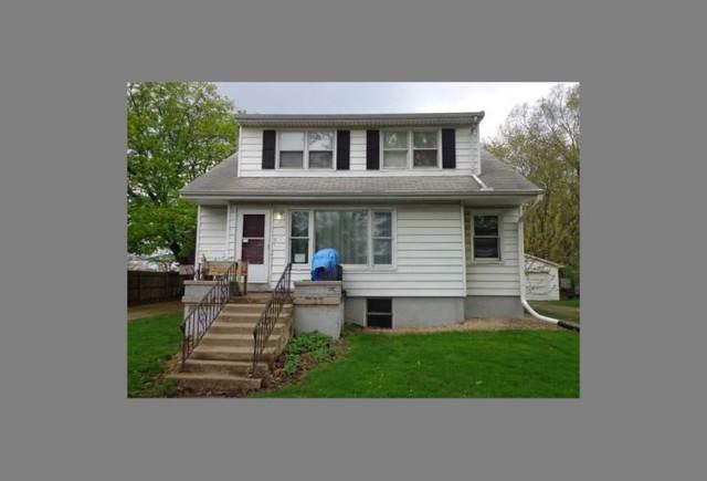 1712 W Clark Street, Champaign, IL 61821 (MLS #10550115) :: Littlefield Group