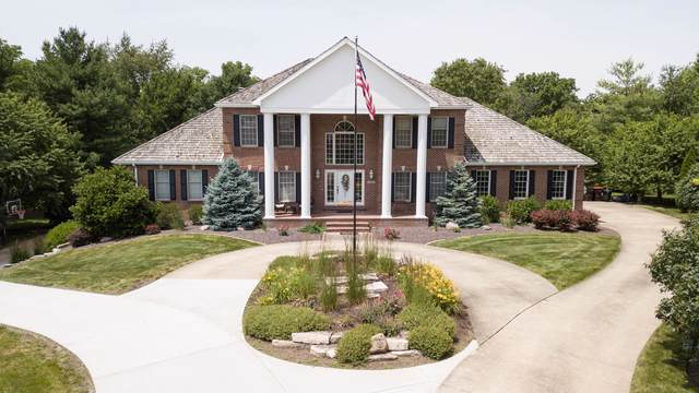 1405 Cross Creek Court, Mahomet, IL 61853 (MLS #10550431) :: Lewke Partners