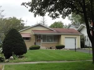 316 S Riverside Drive, Villa Park, IL 60181 (MLS #10550744) :: Angela Walker Homes Real Estate Group