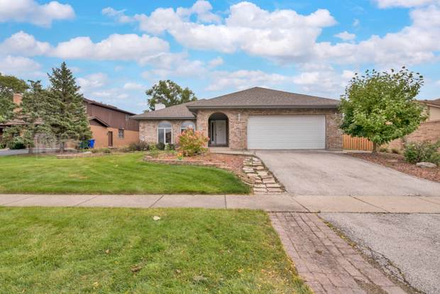 11453 Fenview Court, Orland Park, IL 60467 (MLS #10551125) :: Century 21 Affiliated
