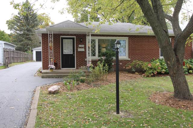 235 Siwiha Drive, Grayslake, IL 60030 (MLS #10551180) :: Baz Realty Network | Keller Williams Elite
