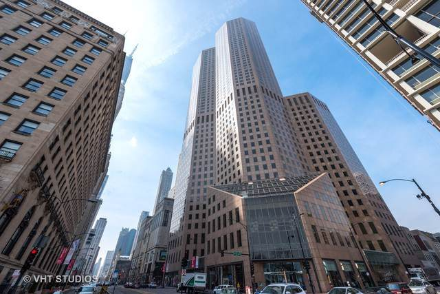 950 N Michigan Avenue #4203, Chicago, IL 60611 (MLS #10551719) :: Ryan Dallas Real Estate