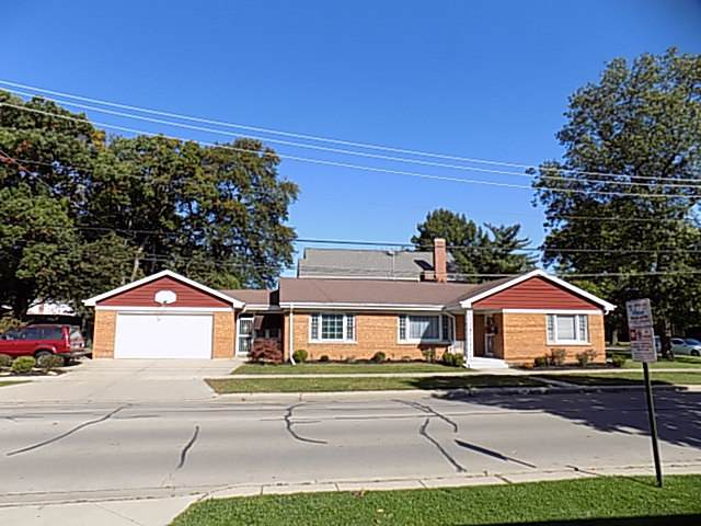 1800 N 79th Court, Elmwood Park, IL 60707 (MLS #10551948) :: Property Consultants Realty
