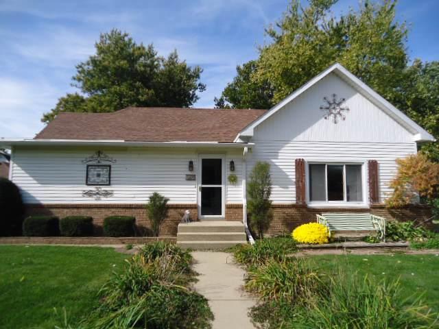609 Woodford Street, Gridley, IL 61744 (MLS #10552071) :: BNRealty