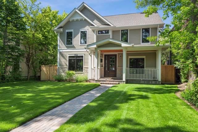1932 Birchwood Avenue, Wilmette, IL 60091 (MLS #10552550) :: The Perotti Group | Compass Real Estate