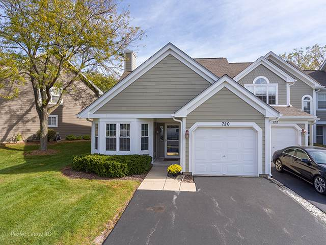 720 Kingsbridge Drive, Carol Stream, IL 60188 (MLS #10552819) :: Angela Walker Homes Real Estate Group