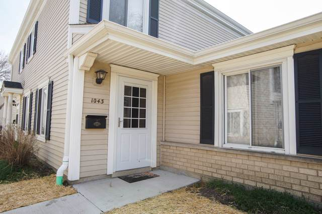 1043 Cove Drive 136B, Prospect Heights, IL 60070 (MLS #10552961) :: Ani Real Estate
