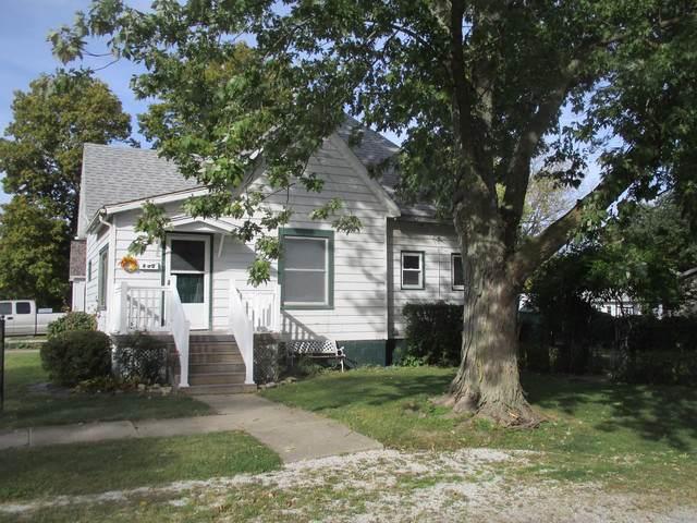 402 E Elm Street, VILLA GROVE, IL 61956 (MLS #10553108) :: Ryan Dallas Real Estate