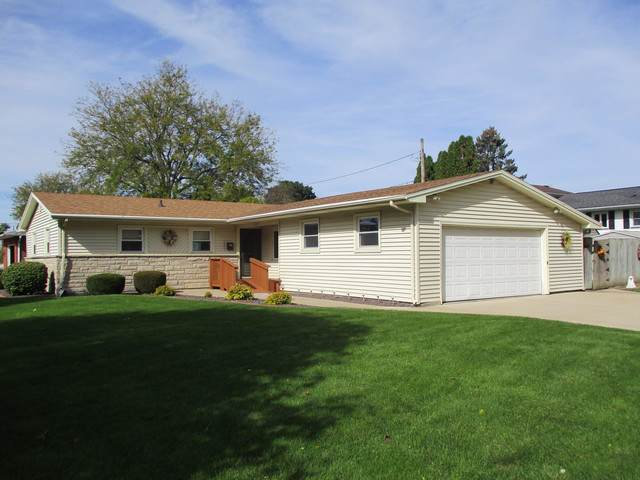 2305 13th Street, Peru, IL 61354 (MLS #10553604) :: The Wexler Group at Keller Williams Preferred Realty