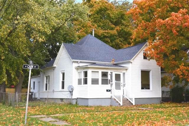 901 E Clay Street, CLINTON, IL 61727 (MLS #10553775) :: Touchstone Group