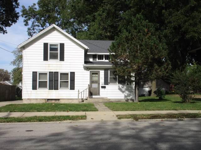 917 W Wood Street, Bloomington, IL 61701 (MLS #10553784) :: Jacqui Miller Homes