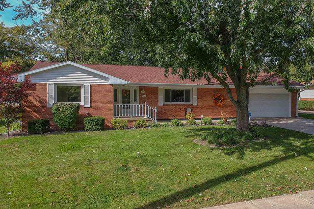 205 S Cottage Avenue, Normal, IL 61761 (MLS #10554144) :: Berkshire Hathaway HomeServices Snyder Real Estate