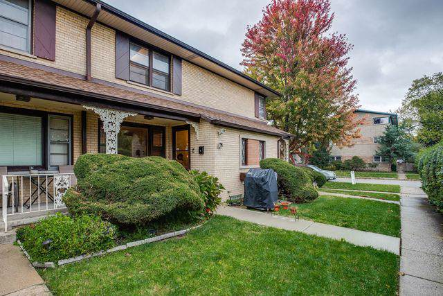 1540 Franklin Avenue B, River Forest, IL 60305 (MLS #10554149) :: Berkshire Hathaway HomeServices Snyder Real Estate