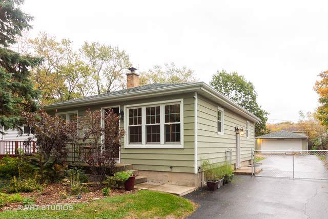 4103 N Park Street, Westmont, IL 60559 (MLS #10554285) :: Touchstone Group