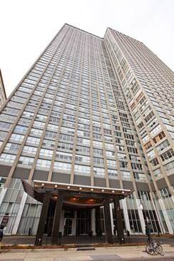 655 W Irving Park Road #3709, Chicago, IL 60613 (MLS #10555276) :: Property Consultants Realty