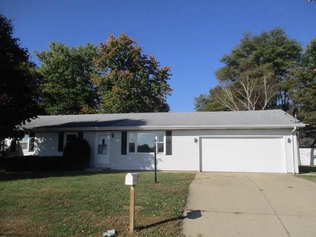 67 Cherry Drive, Tuscola, IL 61953 (MLS #10556488) :: Lewke Partners