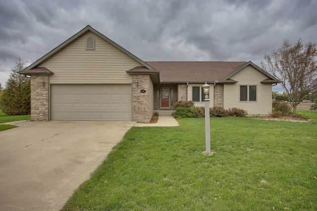 903 Mathews Lane, Fisher, IL 61843 (MLS #10556703) :: Littlefield Group