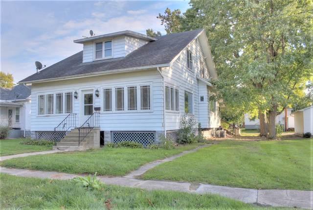 115 E Logan Street, ARTHUR, IL 61911 (MLS #10559275) :: Lewke Partners