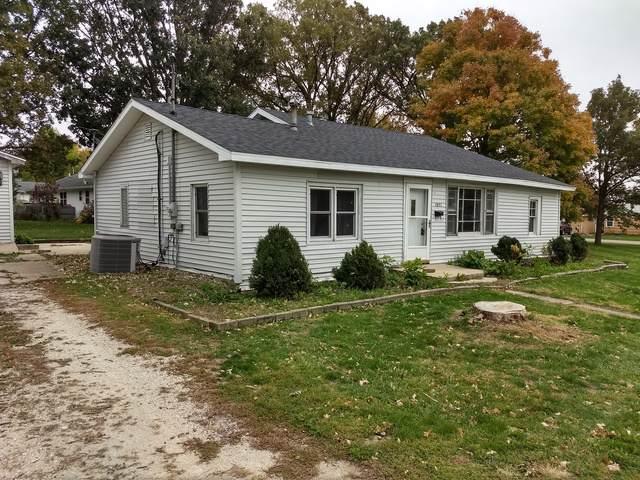 1051 S Union Street, Paxton, IL 60957 (MLS #10559600) :: Ryan Dallas Real Estate