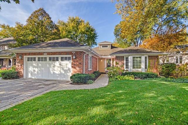 1128 Prairie Avenue, Deerfield, IL 60015 (MLS #10561102) :: Helen Oliveri Real Estate
