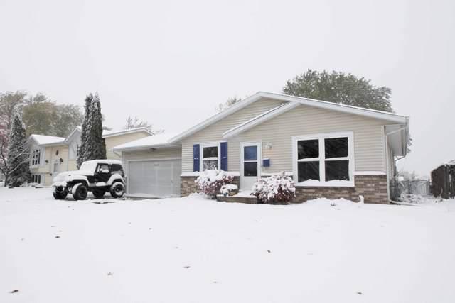 5615 49th Avenue, Kenosha, WI 53144 (MLS #10563779) :: Property Consultants Realty