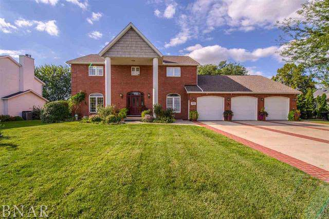 902 Ironwood Cc Drive, Normal, IL 61761 (MLS #10565863) :: The Perotti Group | Compass Real Estate