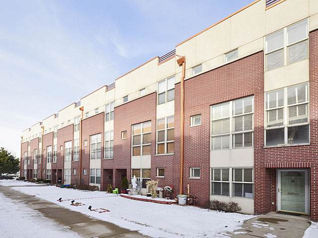 6957 N Western Avenue H, Chicago, IL 60645 (MLS #10566044) :: Baz Realty Network | Keller Williams Elite