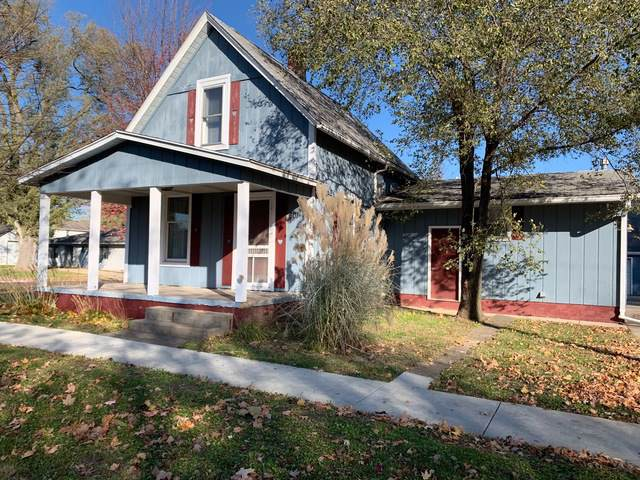 601 S Monroe Street, Mackinaw, IL 61755 (MLS #10567190) :: BN Homes Group
