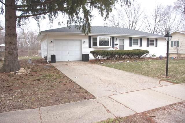 415 Mary Lane, Crystal Lake, IL 60014 (MLS #10567250) :: Angela Walker Homes Real Estate Group