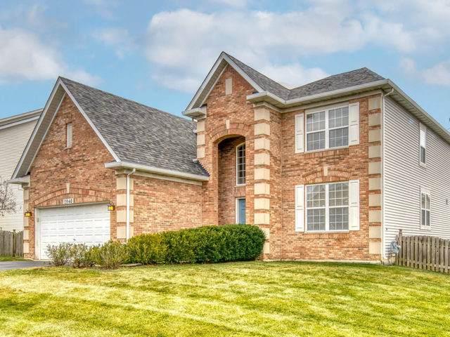 2940 Forest Creek Lane, Naperville, IL 60565 (MLS #10567939) :: Ryan Dallas Real Estate