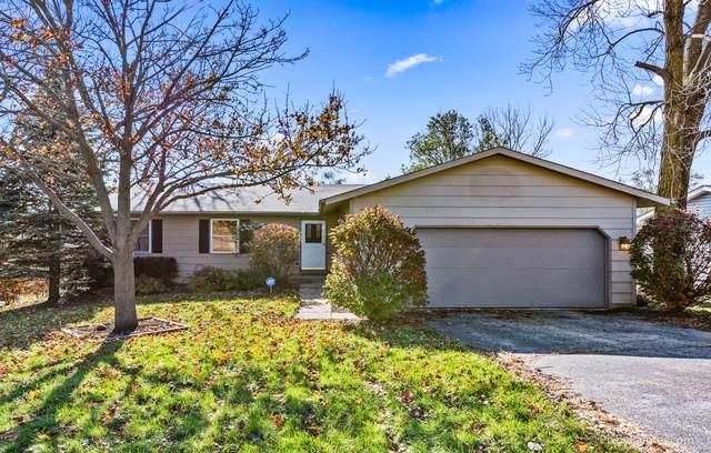 827 Shawnee Trail, Lake In The Hills, IL 60156 (MLS #10568456) :: Ryan Dallas Real Estate