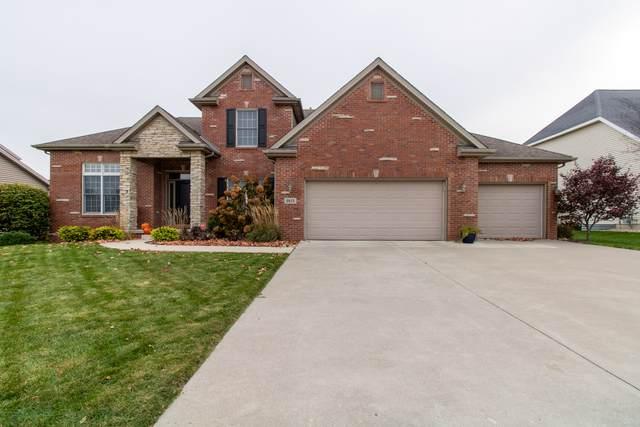 2815 Degarmo Drive, Bloomington, IL 61704 (MLS #10569085) :: The Perotti Group | Compass Real Estate