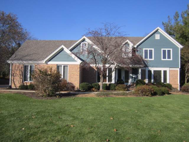 658 Old Westbury Road, Crystal Lake, IL 60012 (MLS #10569147) :: Property Consultants Realty