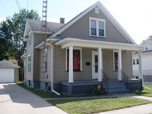 618 11th Street, Peru, IL 61354 (MLS #10570312) :: Berkshire Hathaway HomeServices Snyder Real Estate