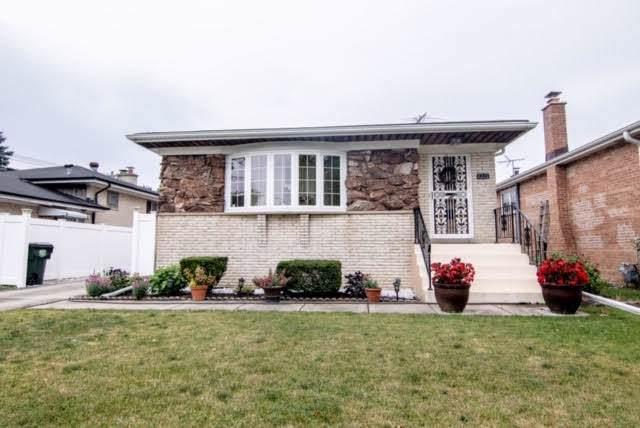 8201 W Park Avenue, Niles, IL 60714 (MLS #10570757) :: The Perotti Group | Compass Real Estate
